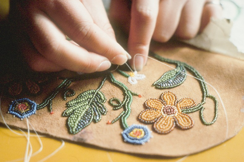 The growing popularity of indian arts and crafts products for Indian arts and crafts